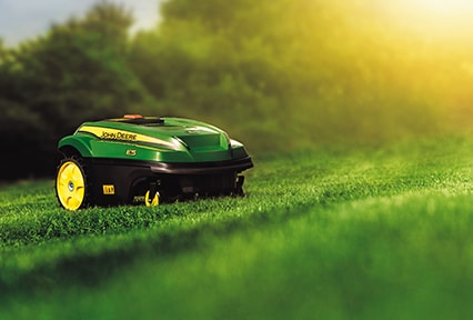 No grass clippings to dispose of: the TANGO recycles them helping to keep lawns healthy the natural way.